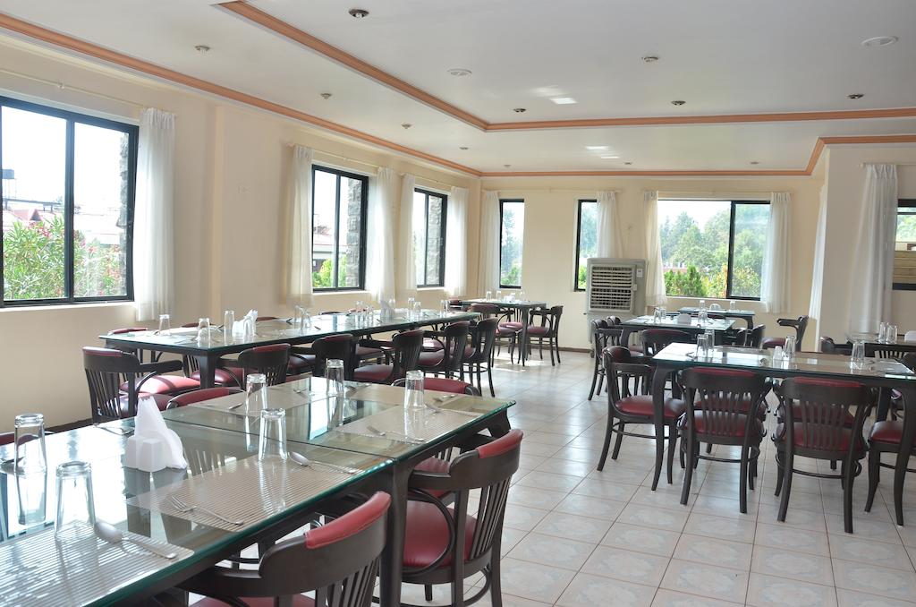 Blue Country Resort Panchgani Restaurant